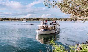 Noosa Ferry   Sunshine Coast